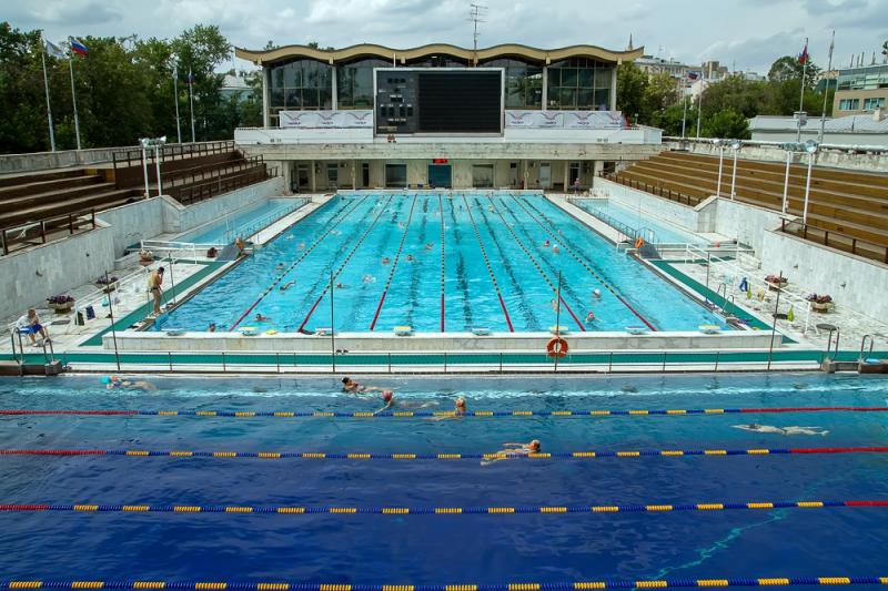 Где в Москве Мещанский можно посещать бассейн без справки